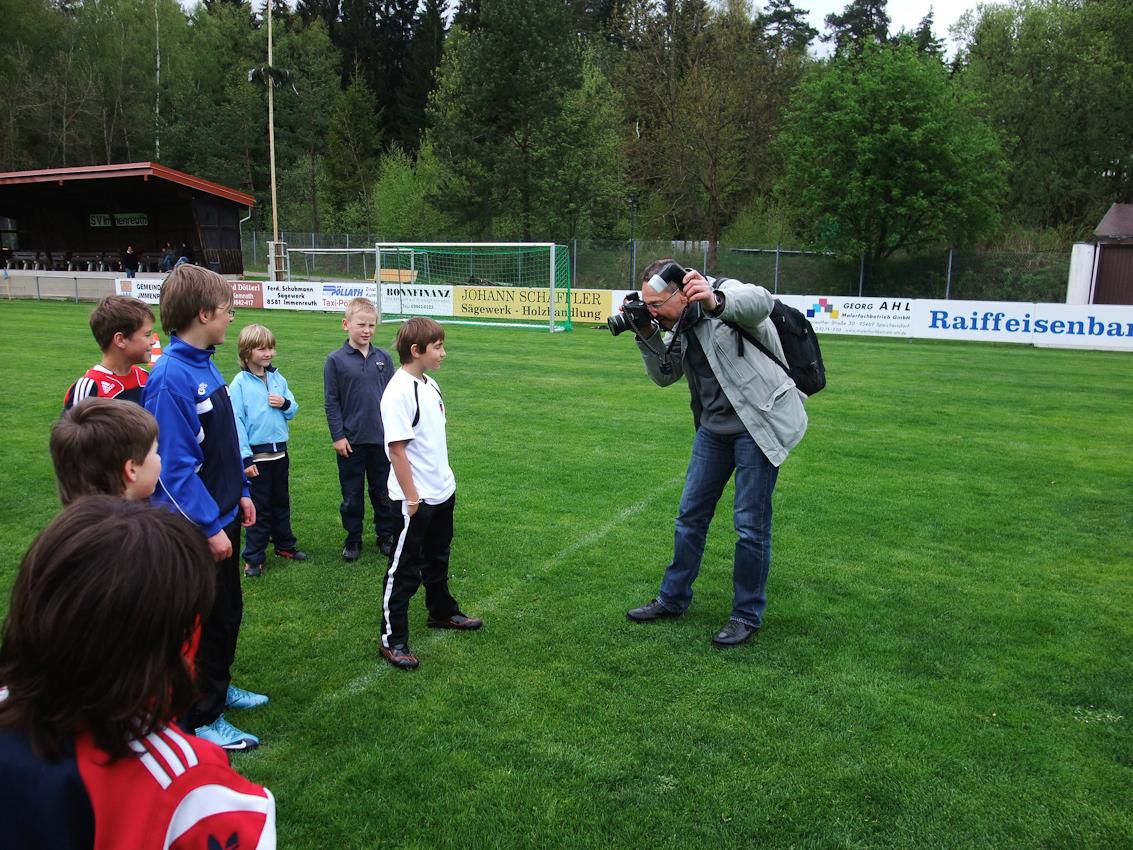 Peter Schinzler: : Markus beim Fußballtraining des SV Immenreuth ganz in der Nähe des SOS Kinderfes Oberpfalz.